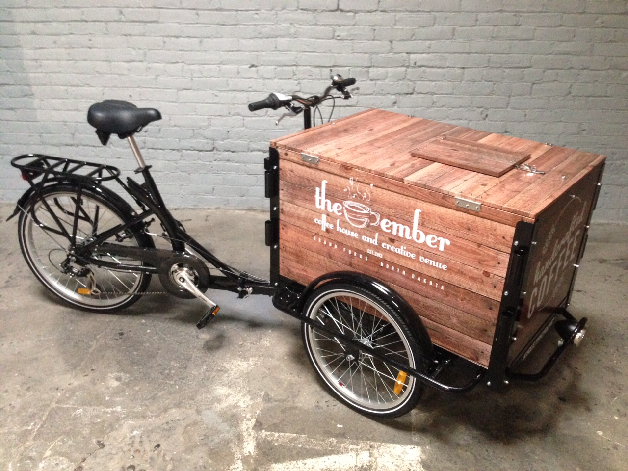 Wood Wrap Panel Coffee Bike by Icicle Tricycles