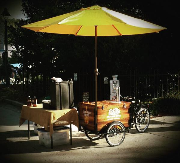 banjo-cold-brew-coffee-tricycle-cart-001
