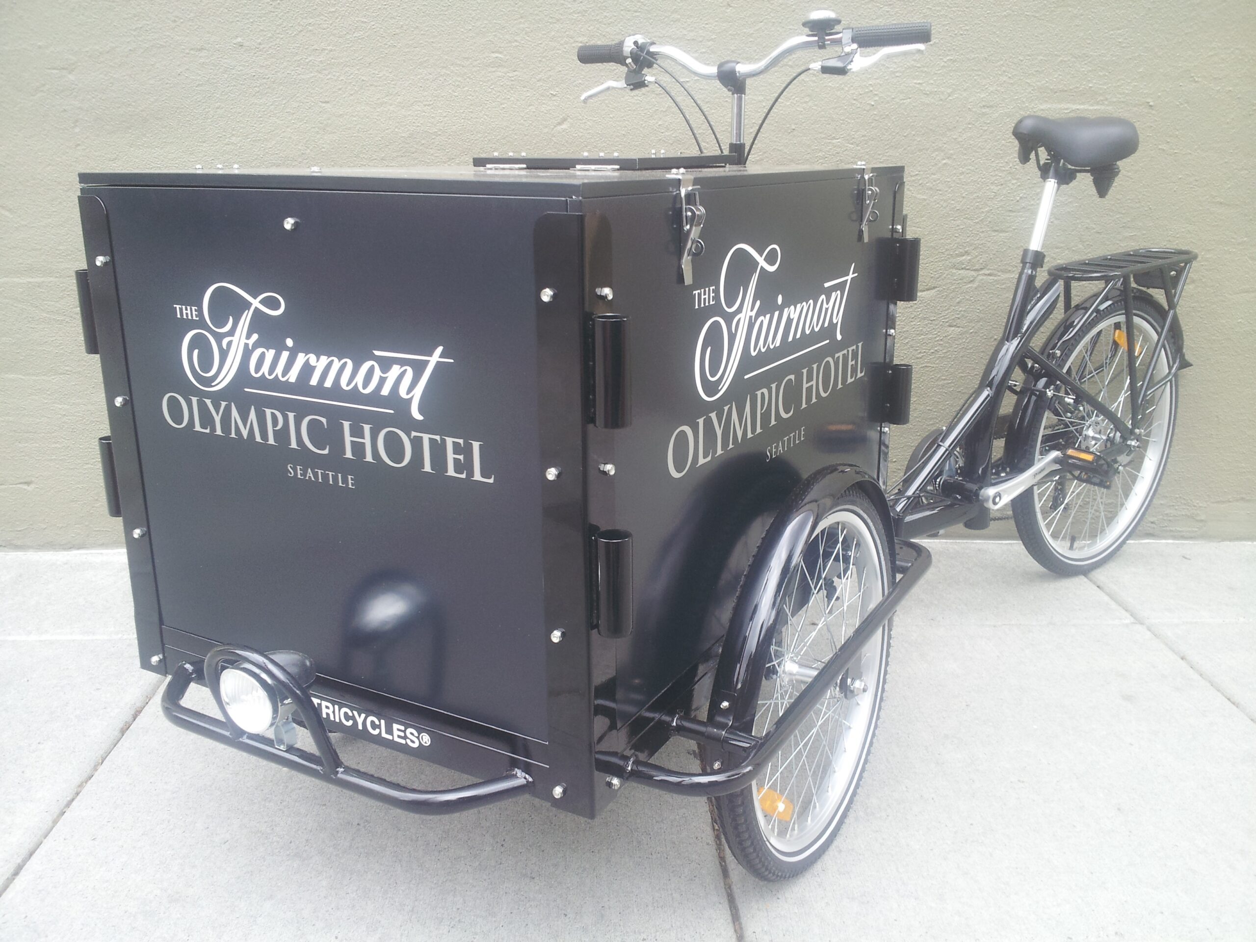 Icicle Tricycles Hotel Bike